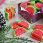 باسلق هندوانه بلدا نشاسته ذرت آب گلاب شکر کره رنگ خوراکی