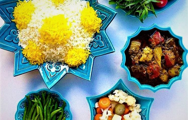 خورش ریواس زنجان غذالند سرزمین غذا
