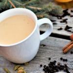 چای شیر و عسل غذالند سرزمین غذا
