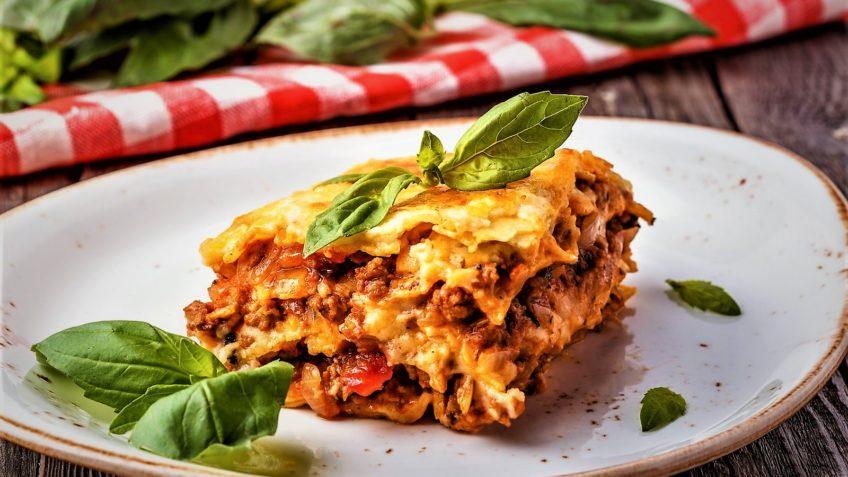 لازانیا سرزمین غذا ایتالیا غذالند