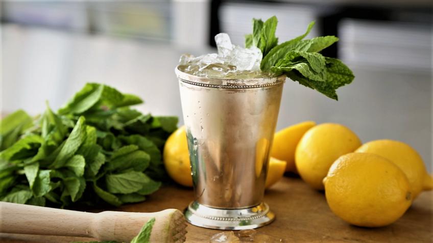 نوشیدنی لیمو و نعنا ایران غذالند سرزمین غذا