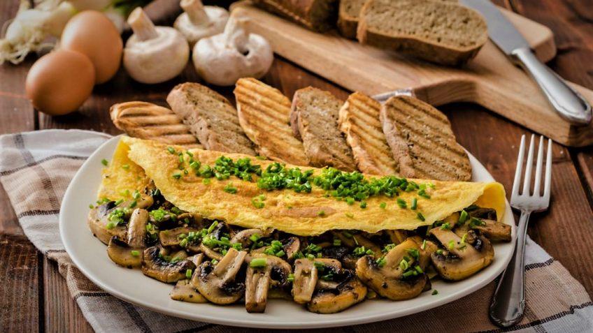 املت قارچ ایران سرزمین غذا غذالند
