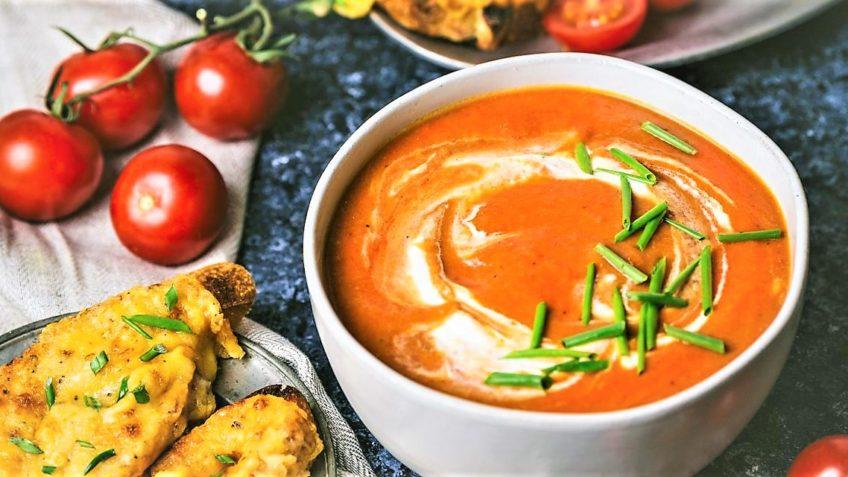 سوپ گوجه فرنگی ایتالیا غذالند سرزمین غذا