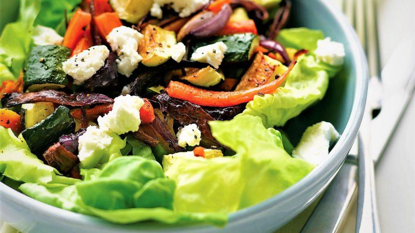 سالاد سبزیجات ایتالیا غذالند سرزمین غذا