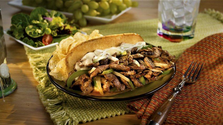 ساندویچ گوشت ایران غذالند سرزمین غذا
