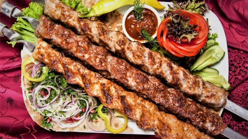 آدانا کباب ترکیه غذالند سرزمین غذا