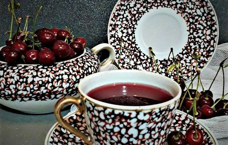 چای آلبالو ایران غذالند سرزمین غذا