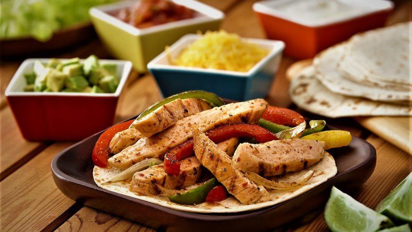 فاهیتای مرغ مکزیک غذالند سرزمین غذا
