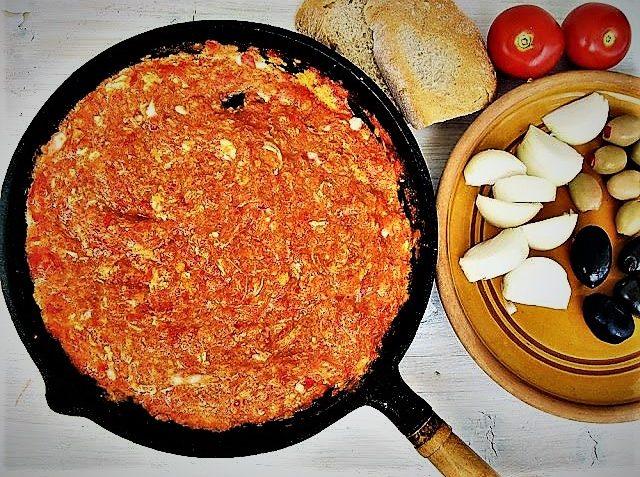 املت گوجه فرنگی ایران غذالند سرزمین غذا