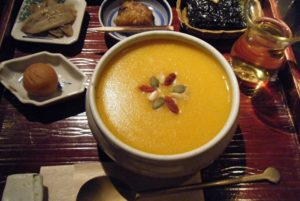 معرفی 10 غذا از کشور کره جنوبی که حتما باید آن ها را امتحان کنید