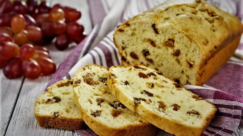 کیک کشمشی ایران غذالند سرزمین غذا