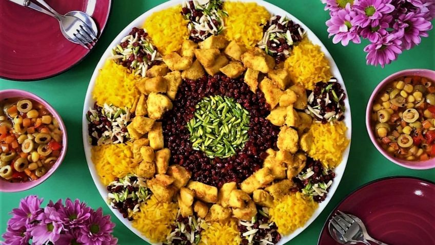 زرشک پلو با مرغ ایران غذالند سرزمین غذا