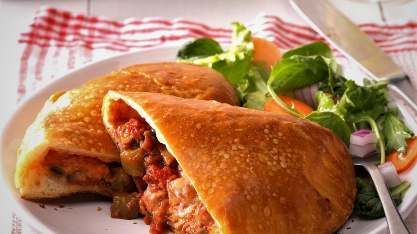 کالزونه ایتالیا سرزمین غذا غذالند