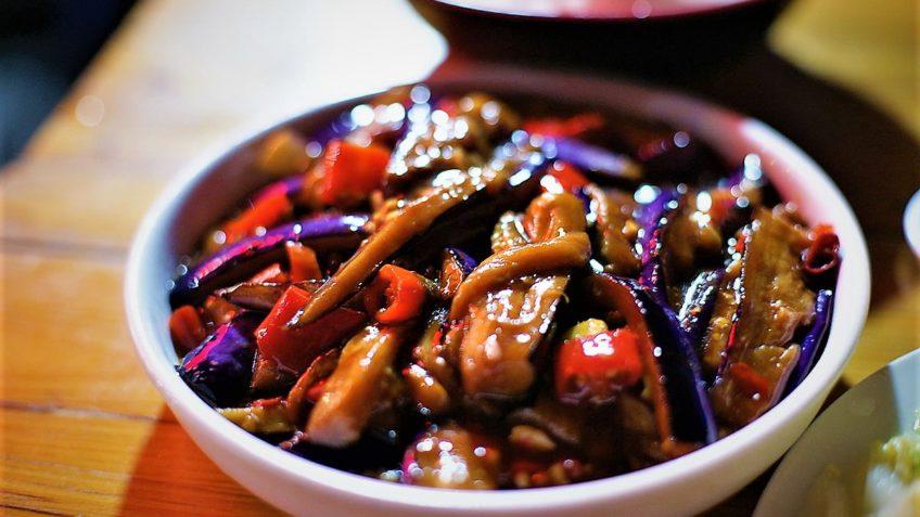 خوراک بادمجان و قارچ ایران غذالند سرزمین غذا