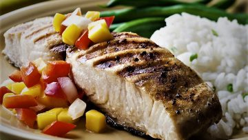سس سالسا و ماهی کاد اروپا غذالند سرزمین غذا