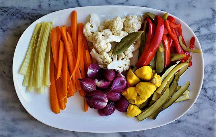 ترشی سبزیجات ایران غذالند سرزمین غذا
