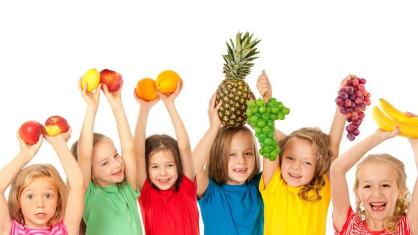 آیا اهیمت تغذیه در دوران کودکی را می دانید؟