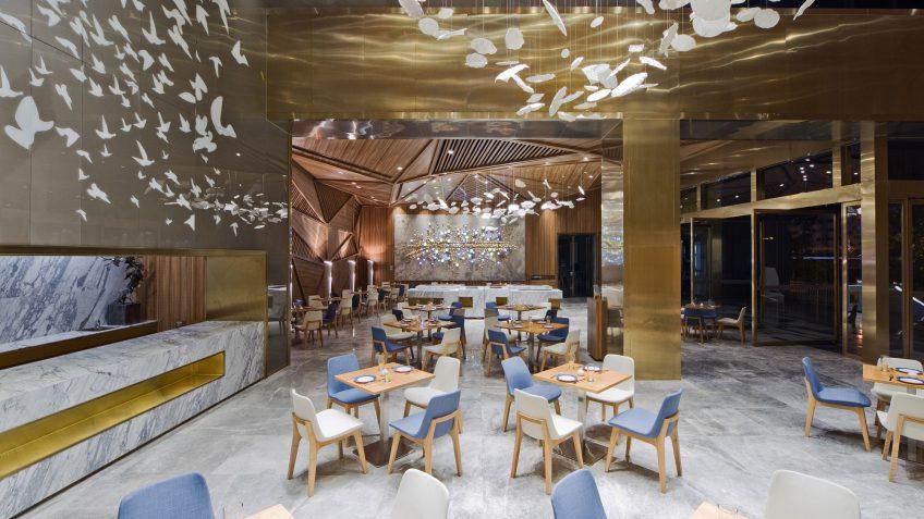 آشنایی با 7 مورد از رستوران های منحصر به فرد جهان