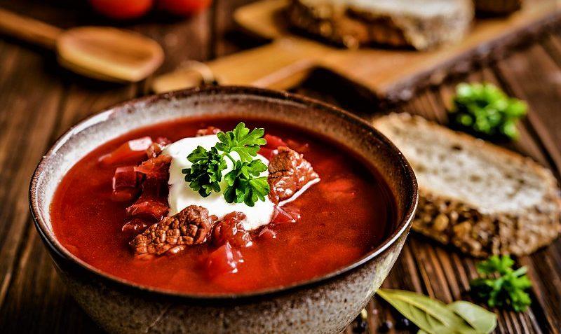 خوراک گوشت و چغندر روسیه غذالند سرزمین غذا