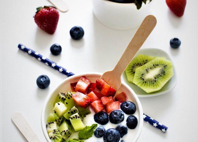 ماست بستنی میوه ای امریکا غذالند سرزمین غذا