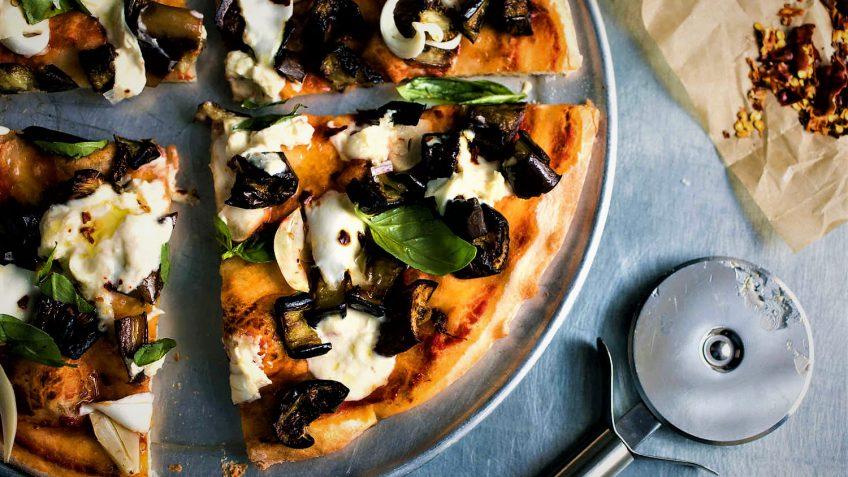 پیتزا بادمجان ایران غذالند سرزمین غذا