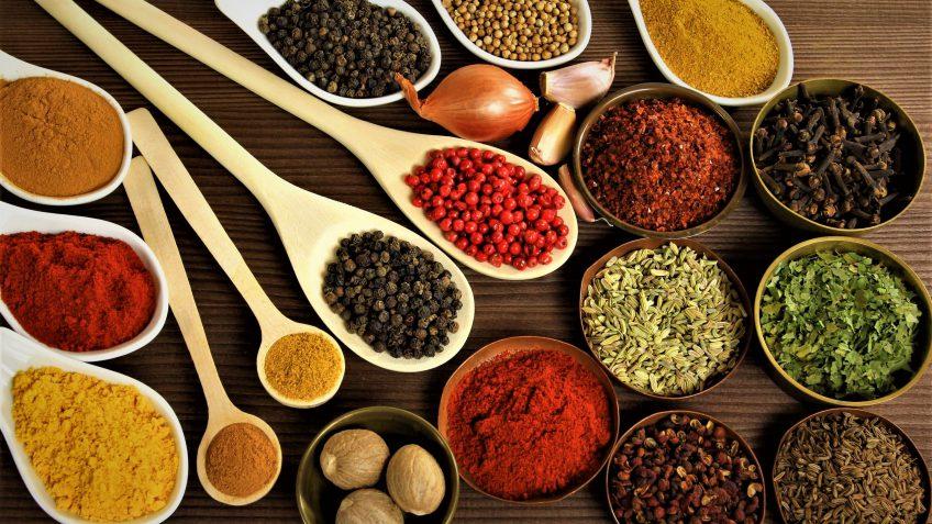 ادویه مخصوص پلو ایران غذالند سرزمین غذا