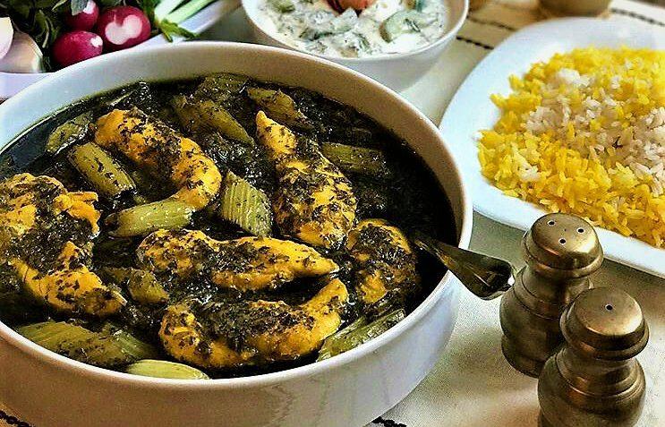 خورش کرفس با مرغ ایران غذالند سرزمین غذا