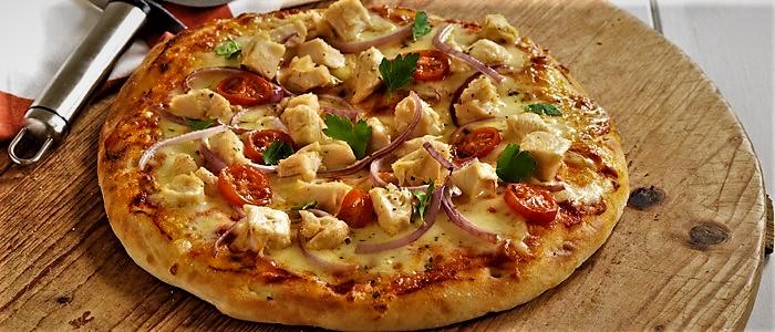 پیتزا مرغ و قارچ غذالند امریکا سرزمین غذا