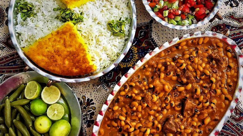 خورش ترشی گورما اردبیل غذالند سرزمین غذا