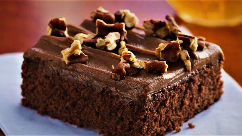 کیک خیس شکلاتی غذالند سرزمین غذا ایران