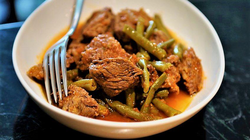 خورش لوبیا سبز و گوشت ایران غذالند سرزمین غذا