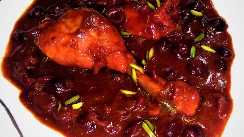 خورش مرغ با سس آلبالویی ایران غذالند سرزمین غذا