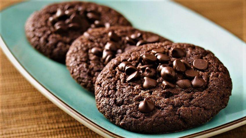 کوکی با شکلات چیپسی امریکا غذالند سرزمین غذا