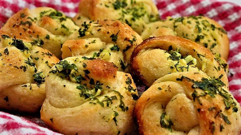 نان فطیره پنیری ایران غذالند سرزمین غذا