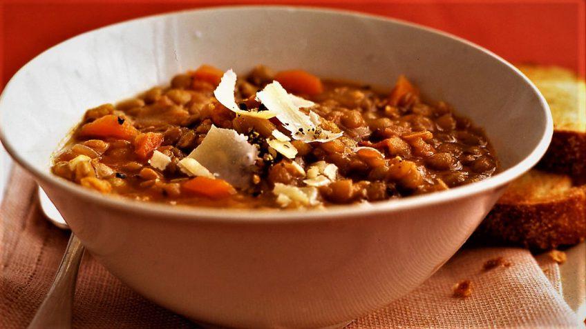 سوپ عدس ایران غذالند سرزمین غذا