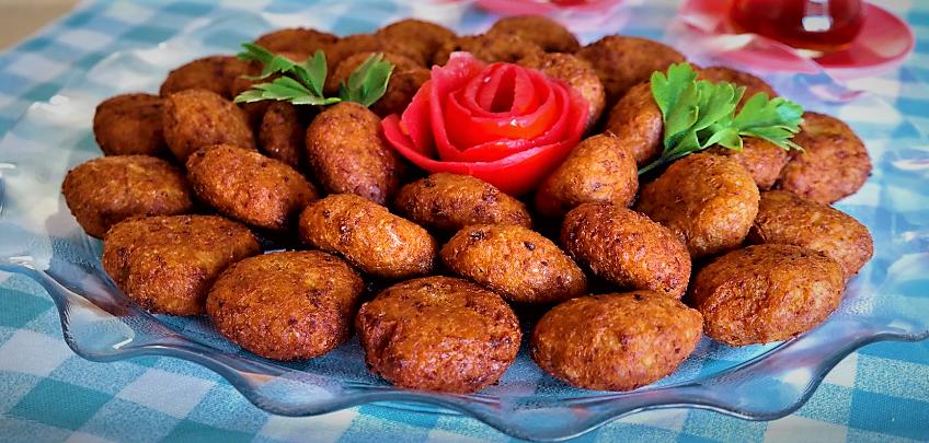 کوفته بلغور ترکیه غذالند سرزمین غذا
